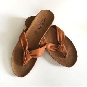 Sundance Italian Leather Thong Flip Flip Sandal 37